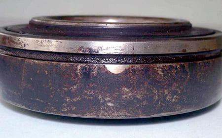 写真5-1 - 3.3.2 摩擦腐食(フレッチングコロージョン)(フレッチングさび)